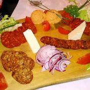 Ресторан Rustico. Венгерские холодные закуски
