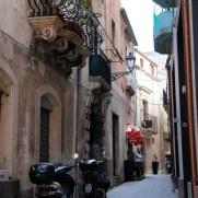 Балконы. Сиракуза. Сицилия, 2010