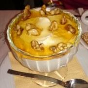 Таверна Kastro. Десерт. Греческий йогурт с мёдом и грецкими орехами
