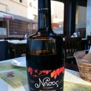 Таверна Ligo Krasi Ligo Thalassa. Вино