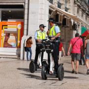 Полицейские. Лиссабон, Португалия. 2010