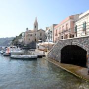 Порт Marina Corta. Липари. Италия