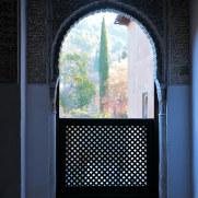 Окно. Дворцы Насридов. Альгамбра. Гранада, Испания, 2015
