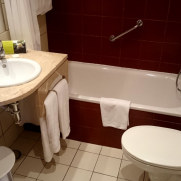 Гостиница Tivoli. Ванная