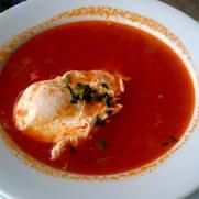Томатный суп. Ресторан Salgueiro. Порту Мониш, Мадейра, 2016