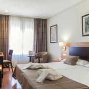 Номер. Гостиница Infantas de Leon. Леон, Испания. Фото с сайта: www.hotelinfantasdeleon.com