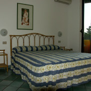 Номер. Hotel Il Biancospino. Сирмионе. Италия. 2006 г