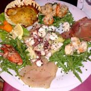 Салат с морепродуктами. La Conchiglia. 2013