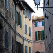 На улицах города Сиена, Италия, 2011