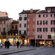 Дома на площади Эрбе. Мантова, Италия, 2011