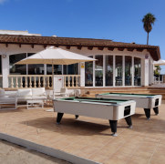 Бильярд и бар. Гостиница Pierre et Vacances Cecilia. Мальорка, 2019