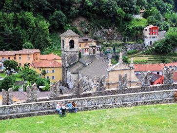 Беллинцона. Вид из замка Кастельгранде