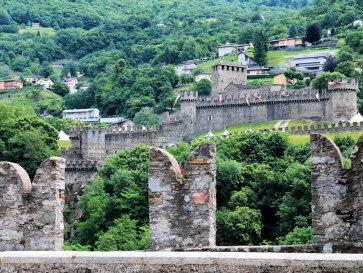 Беллинцона. Замок Монтебелло. Вид из Кастельгранде