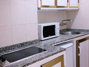 Апартаменты Veramar. Кухня. 2014 год.