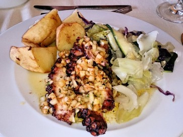 Ресторан Sabores do Chef. Осьминог
