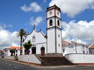 Церковь Nossa Senhora da Assuncao. Вила ду Порто. Санта Мария