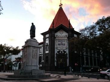 Памятник Зарку. Фуншал, Мадейра