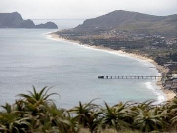 Пляж. Остров Порту Санту. Мадейра