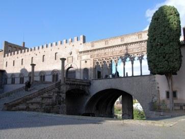 Папский дворец. Витербо. Италия, 2010
