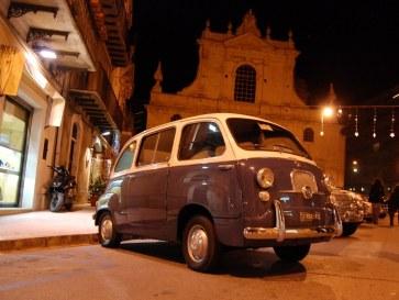 Клуб любителей Фиат. Модика. Сицилия 2010