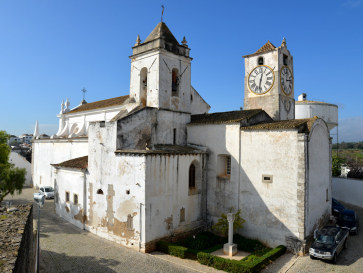 Церковь  Santa Maria do Castelo. Тавира, Португалия, 2015
