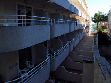 Бюджетные номера. Гостиница Best Cap Salou. Кап Салу, Испания. 2010