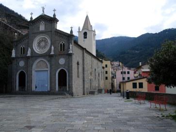 Церковь Иоанна Крестителя. Риомаджоре, Чинкве Терре, Италия, 2011