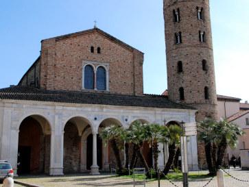 Базилика Сант-Аполлинаре-Нуово. Равенна, Италия, 2011
