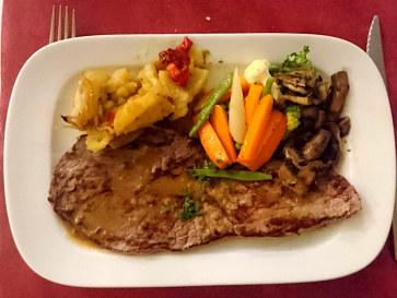Филе говядины. Ресторан Las Viandas. Фуенхирола, 2017