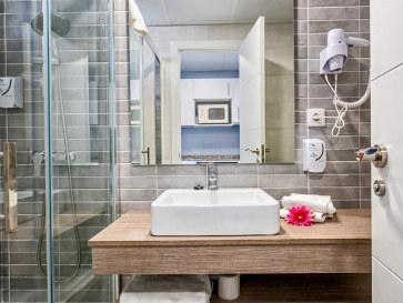 Ванная. Гостиница Veramar. Фуэнхирола, Фото: hotelveramar.com