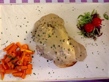 Филе говядины под перечным соусом. Ресторан Al Cavallo, 2018