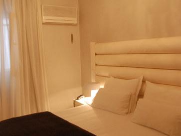 Номер 221. Nastasibasic Zgz Hotel. Сарагоса, Испания, 2011