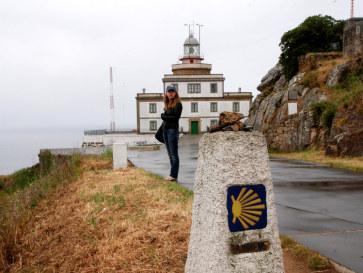 Маяк и конечная точка пути Св.Иакова. Мыс Фистерра, Испания, 2011