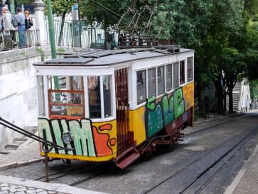 Фуникулёр Глория. Лиссабон, 2011