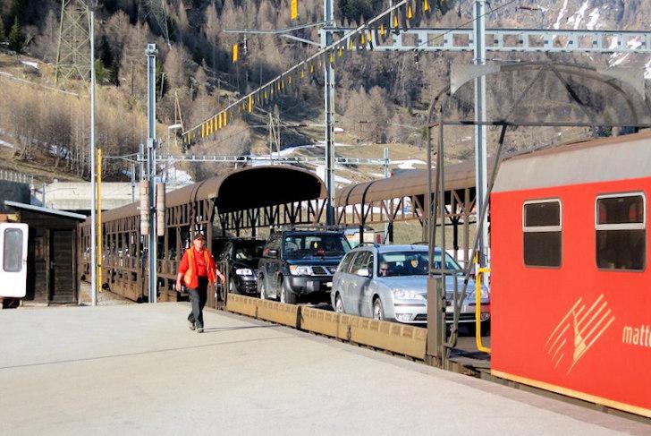 Обервальд. Железнодорожная автопереправа. Фото: panoramio.com
