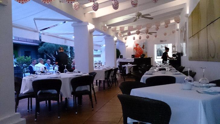 Ресторан Charolais. Веранда