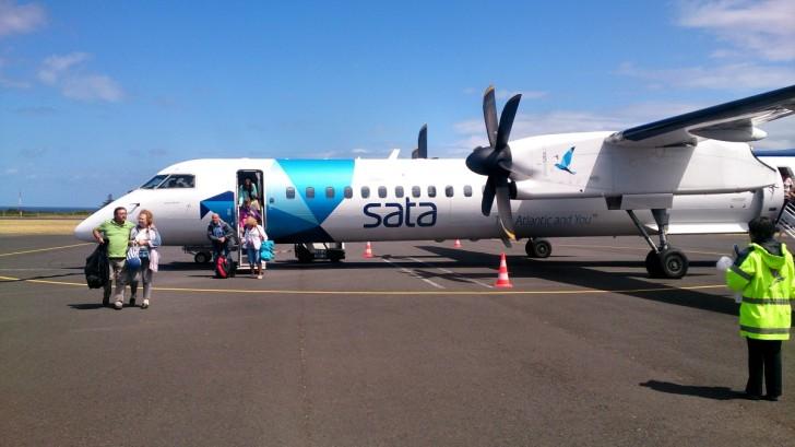 Самолет авиакомпании SATA