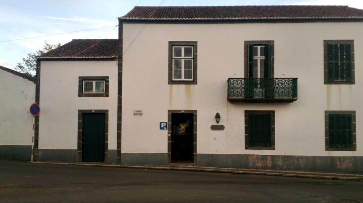 Гостиница Ilha Graciosa. Здание