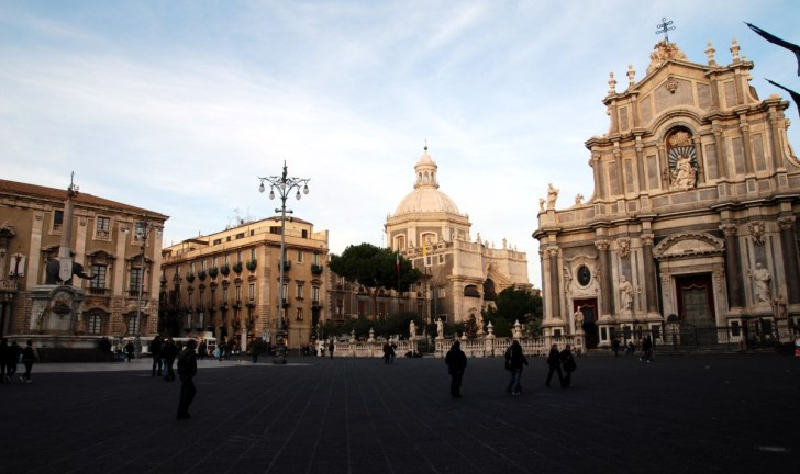 Площадь Дуомо. Катания. Сицилия, 2010