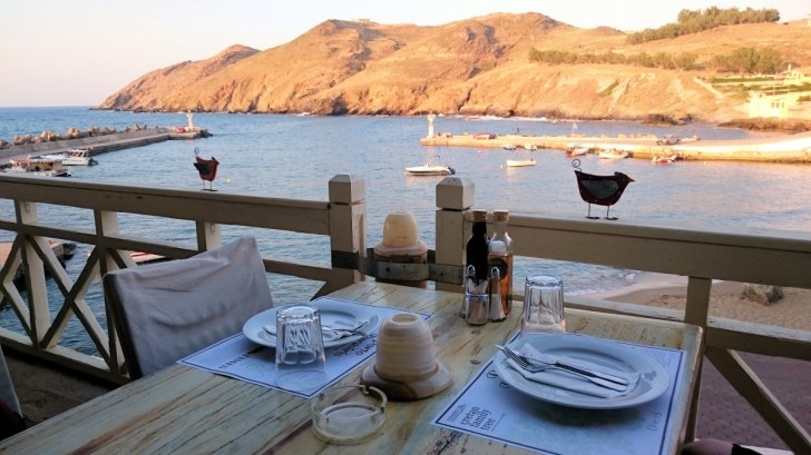 Ресторан Porto Parasiris. Вид на порт