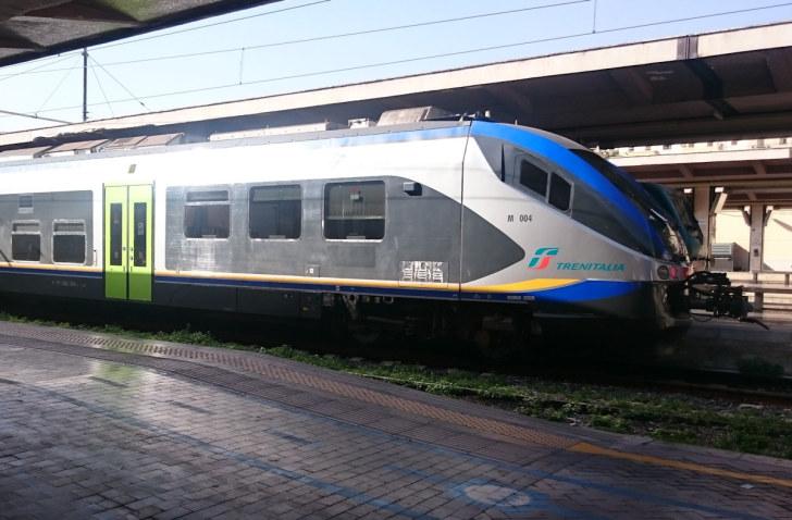 Поезд Trenitalia. Палермо. Италия, 2015