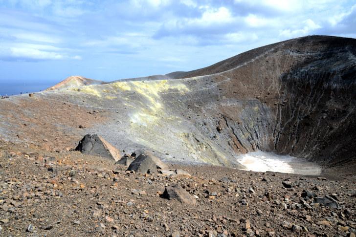 Большой кратер (Fossa di Vulcano). Вулкано, Италия. 2015