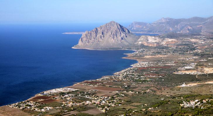 Залив Кофано. Вид из Эриче. Сицилия. 2015