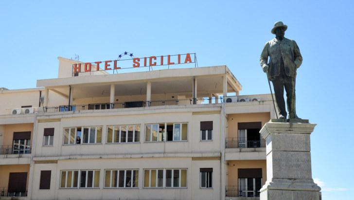 Гранд-отель Сицилия. Энна. Сицилия, 2015