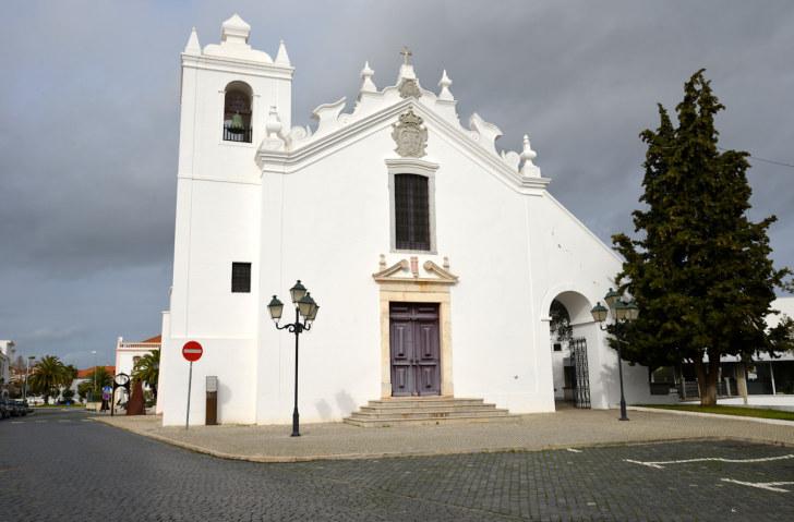 Церковь Пресвятой Девы Марии Заступницы. Каштру Верди, Португалия, 2016