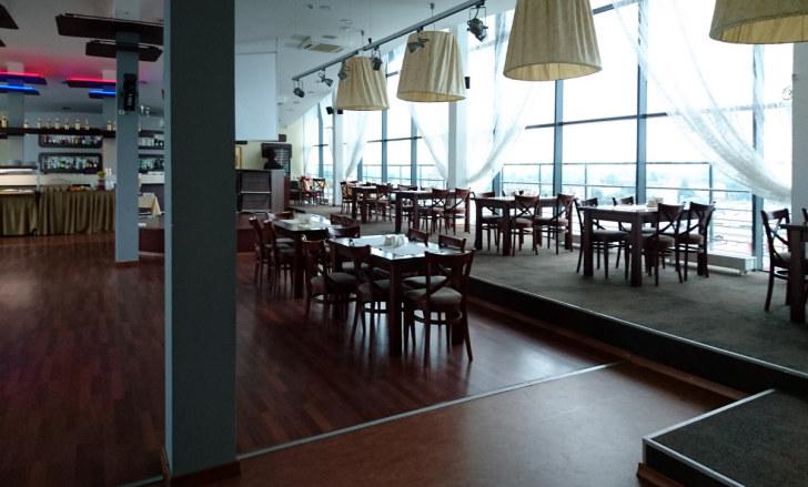 Ресторан Plaza. Даугавпилс, Латвия, 2016