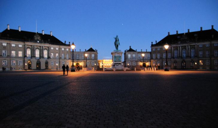 Дворец Амалиенборг, Копенгаген, 2010