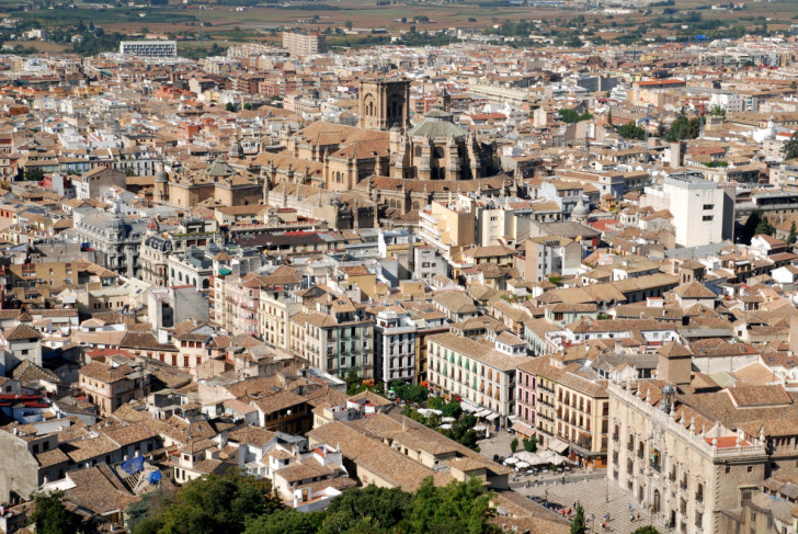 Вид из Альгамбры на Гранаду, 2010