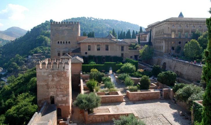 Дворцы Насридов. Альгамбра, Гранада, 2010