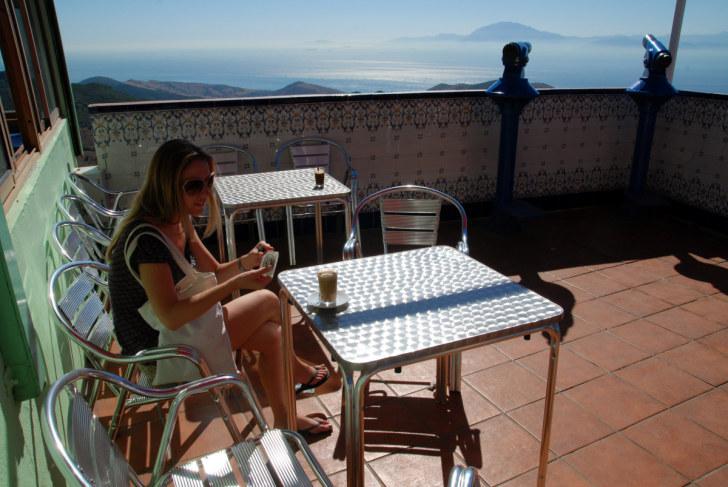 Вид на Гибралтарский пролив. Испания, 2010